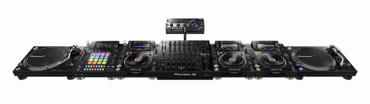 Pioneer DJ DJM V10 CDJ2000NXS2 PLX1000 DJS 1000